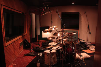 Paul Wertico's kit at Studiomedia